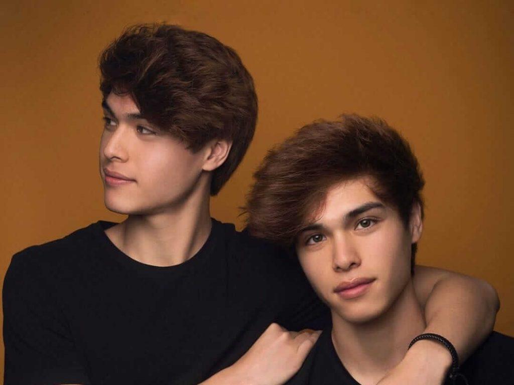Stokes Twins